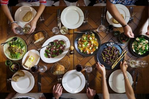 從餐桌時光到家庭信仰傳承
